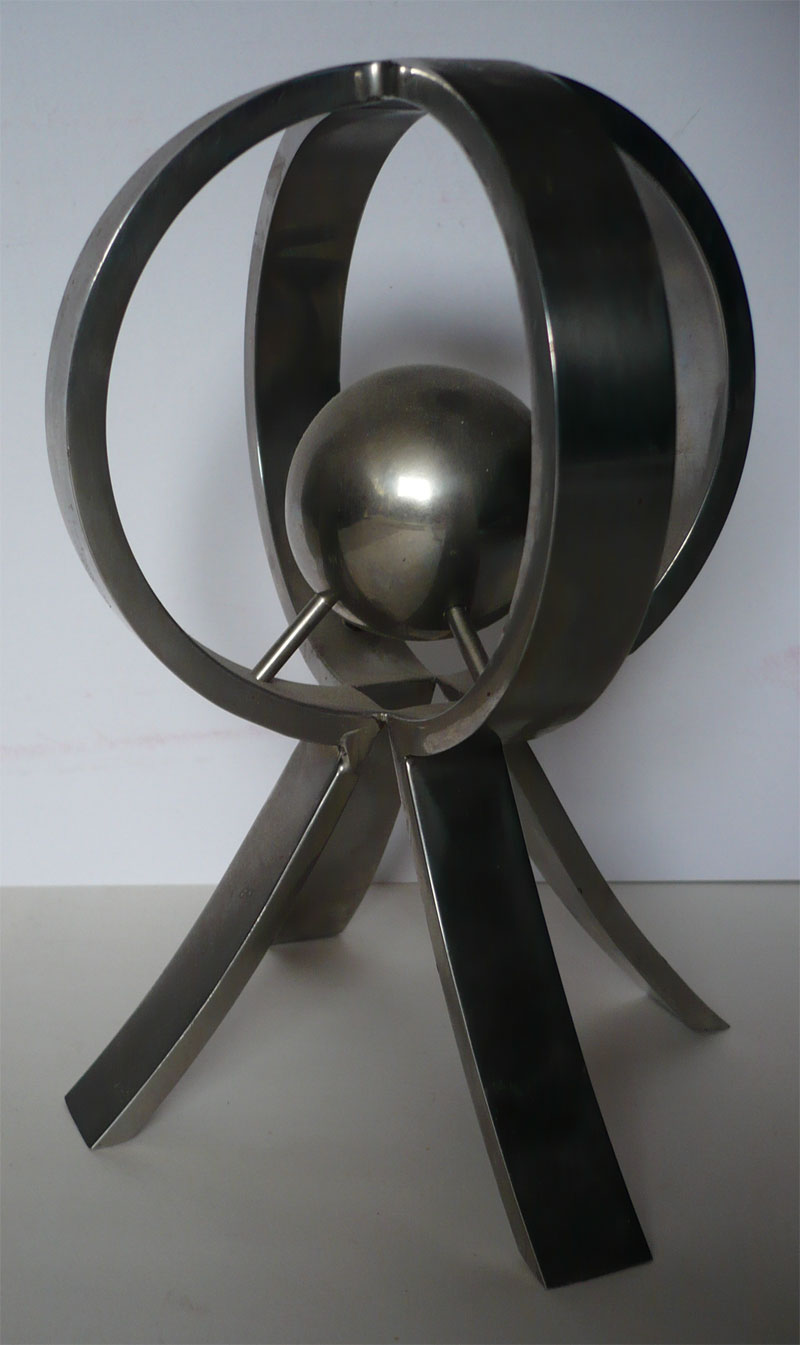 Sculpture model made from brushed metal.